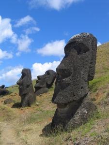 Paskalya Adası Heykelleri